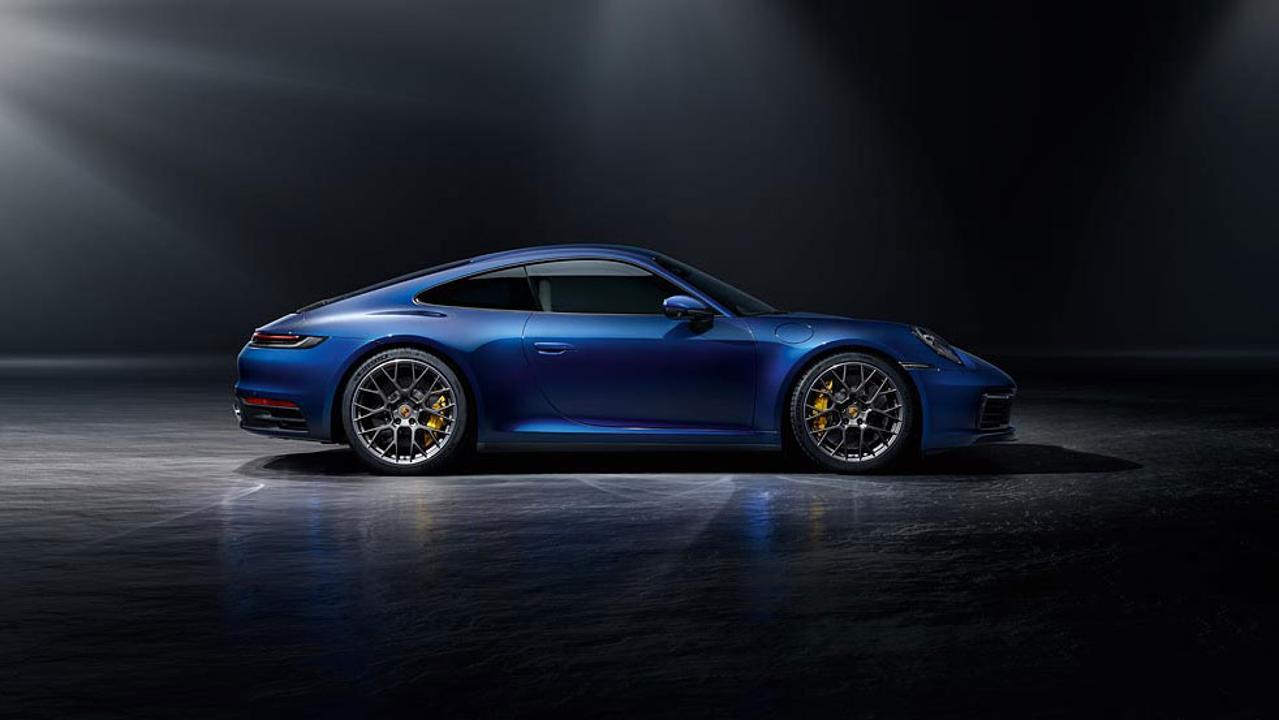 10 Porsche 911 992