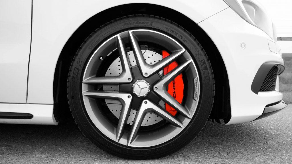 Oznake na gumama